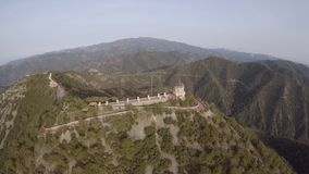 Vista aérea del sur de la capilla de Throni metrajes