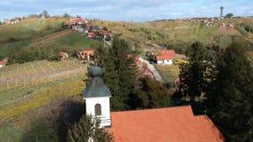 Vista aérea del valle i de Lendava almacen de metraje de vídeo