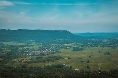 Vista aérea do campo com campos das colheitas Fotografia de Stock Royalty Free