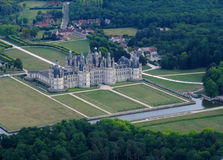 Vista aérea do castelo de Chambord Fotos de Stock Royalty Free