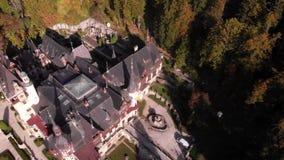 Vista aérea do castelo de Peles em Sinaia