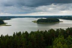 Vista aérea do lago Sartai em Lituânia Fotografia de Stock