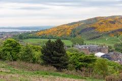 Vista aérea do monte de Calton no castelo Edimburgo de Holyrood, Escócia Fotografia de Stock
