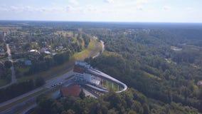 Vista aérea do trenó de Sigulda/Letónia vídeos de arquivo
