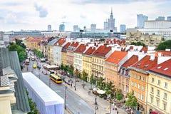 Vista aérea dos arranha-céus e da cidade velha em Varsóvia, Polônia Imagem de Stock