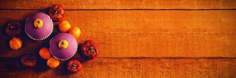 Vista aérea dos queques com abóboras pequenas Foto de Stock