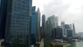 Vista aérea em construções modernas do negócio Opinião do centro da construção do arranha-céus do centro de negócios Arranha-céus video estoque