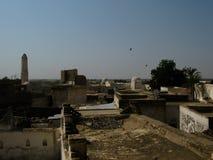 Vista aérea exterior à fortaleza velha de Zabid, Iémen foto de stock
