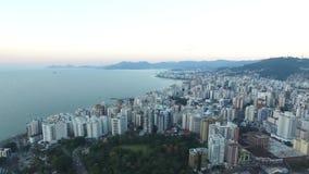 Vista aérea Florianopolis, Brasil Em julho de 2017 video estoque
