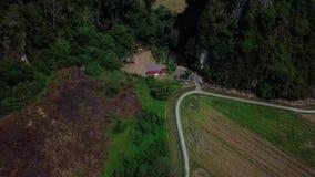 Vista aérea hermosa de Kedah Malasia cerca del campo de arroz almacen de metraje de vídeo