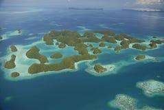 Vista aérea islas famosas de Palau de las setenta Imagenes de archivo
