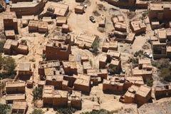 Vista aérea na aldeia da montanha foto de stock royalty free