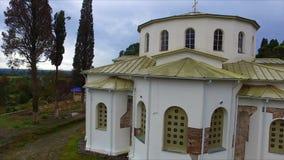 Vista aérea na catedral de Dranda vídeos de arquivo