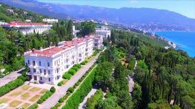 Vista aérea no palácio de Livadia vídeos de arquivo