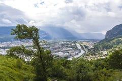 Vista aérea panorâmico da cidade de Grenoble, França Fotos de Stock Royalty Free