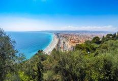 Vista aérea panorâmico da praia na cidade de riviera agradável, francês, Fotos de Stock