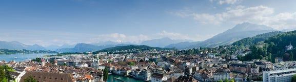 Vista aérea panorâmico muito grande da cidade da lucerna, Suíça Fotos de Stock Royalty Free