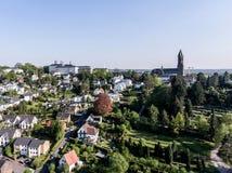 Vista aérea Schloss Bensberg e arredores públicos Berglisch Gladbach Alemanha perto da água de Colônia Imagem de Stock Royalty Free