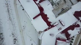 Vista aérea superior do prédio de apartamentos residencial alto vídeos de arquivo