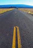 Vista abaixo da estrada imagens de stock royalty free