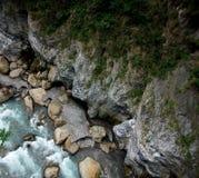 Vista abaixo do desfiladeiro de Taroko Imagem de Stock Royalty Free