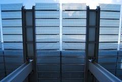 Vista acima através do dossel de vidro do estilhaço Fotos de Stock