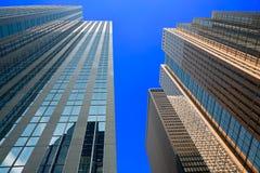 Vista acima nos arranha-céus imagem de stock royalty free