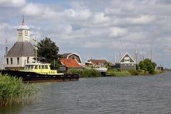 Vista ad un piccolo villaggio nei Paesi Bassi Fotografia Stock Libera da Diritti