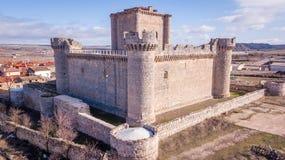 Vista aerea, castello di Villafuerte di Esgueva, Spagna Fotografie Stock Libere da Diritti