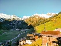 Vista aerea dalla cima della montagna Fotografie Stock