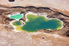 Vista aerea degli stagni e del Ein Boqeq del sale del mar Morto immagini stock