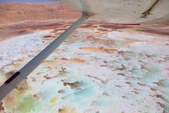Vista aerea degli stagni e del Ein Boqeq del sale del mar Morto fotografia stock