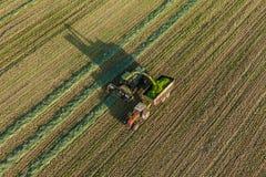 Vista aerea dei campi del raccolto con l'associazione Fotografia Stock Libera da Diritti