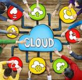 Vista aerea dei concetti di calcolo della nuvola e della gente Fotografie Stock Libere da Diritti