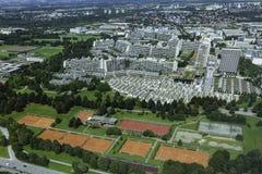Vista aerea dei couts del villaggio olimpico e di tennis di Monaco di Baviera da Olym Fotografia Stock Libera da Diritti