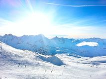 Vista aerea dei pendii della stazione sciistica di Les2Alpes, Francia Fotografie Stock
