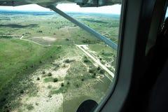 Vista aerea dei terreni coltivabili presi da un elicottero Fotografie Stock