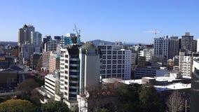 Vista aerea del centro finanziario di Auckland stock footage