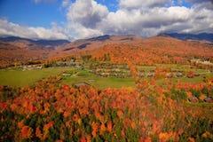 Vista aerea del fogliame di caduta in Stowe, Vermont Fotografia Stock Libera da Diritti