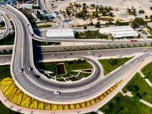 Vista aerea del fuco di Costantinopoli Kartal Highway Intersection/scambio fotografia stock libera da diritti