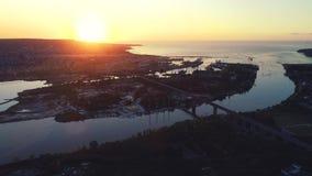 Vista aerea del fuco di panorama del ponte di Asparuhov Varna, Bulgaria video d archivio