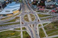Vista aerea del fuco sulla rotonda a Cracovia fotografie stock