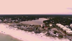 Vista aerea del lago e dell'oceano Immagini Stock Libere da Diritti
