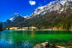 Vista aerea del lago Hintersee nelle alpi bavaresi Fotografia Stock Libera da Diritti