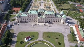 Vista aerea del palazzo di belvedere vena vienna Wien l'austria stock footage