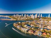 Vista aerea del paradiso e di Southport dei surfisti sulla Gold Coast, Fotografia Stock Libera da Diritti