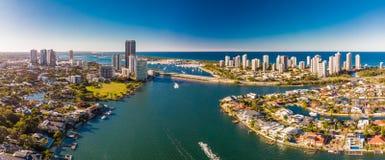 Vista aerea del paradiso e di Southport dei surfisti sulla Gold Coast, Fotografia Stock