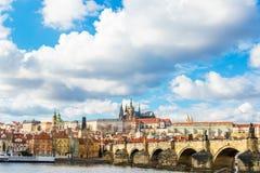 Vista aerea del ponticello del Charles a Praga immagini stock