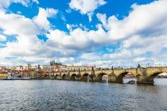 Vista aerea del ponticello del Charles a Praga fotografie stock