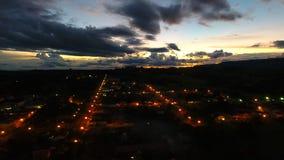 Vista aerea del tramonto fantastico in campagna fotografia stock